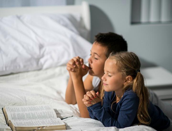 niños orar espiritu santo