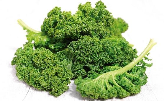 Comer kale